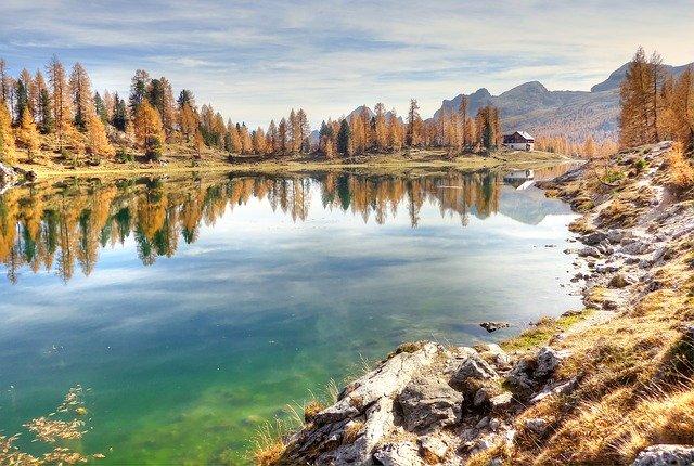 Najznámejšie jazero v dolomitoch.jpg